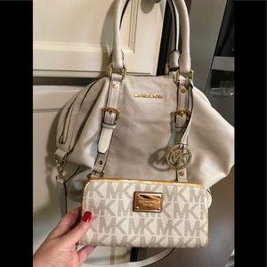 Michael Kors lg purse & wallet set - excellent